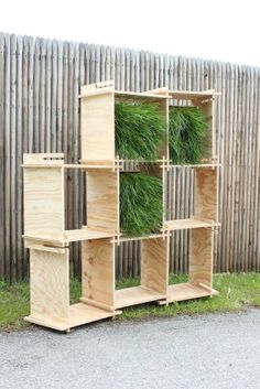 Slatted Herbage Storage - The Standard Numero 4 Vegetalise Affords and Orderly Arrangement of Plants (GALLERY)