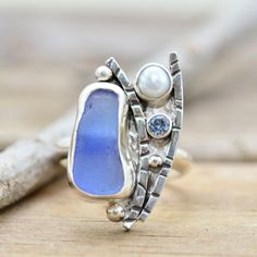 Hey, I found this really awesome Etsy listing at https://www.etsy.com/listing/197032680/statement-ring-crafted-of-cobalt-blue
