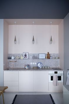pantone-inspired kitchen