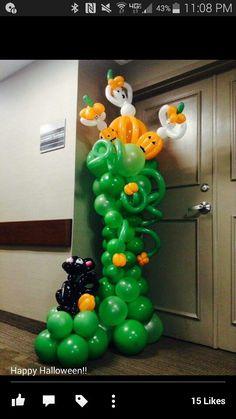 Halloween column Halloween Treats, Happy Halloween, Halloween Decorations, Baloon Art, Balloon Face, Ballon Decorations, Halloween Balloons, Balloon Arrangements, Balloon Designs