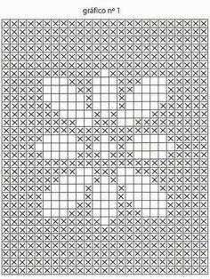 Tapete oval barbante cru com flor no centro         Criação e execução: Nereide Sotoloni Guerrero (Comercial Ludvan)     Medidas: 54...