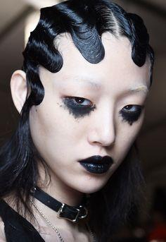 Runway Beauty: Punk Meets Flapper at Marc Jacob A/W 2016 - Makeup For Life                                                                                                                                                     More