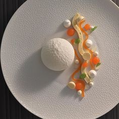#new #dessert #yoghurt #explosion #cantaloupe #melon #camille #fresh #healty #healthyfood #pastry #pastrychef #michelinstar…