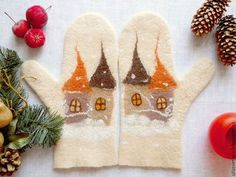 Wool Gloves, Knitted Gloves, Nuno Felting, Needle Felting, Wool Art, Mittens Pattern, Wrist Warmers, Felt Art, Needlework