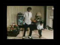 ▶ Rare Michael Jackson 1984 dancing footage - YouTube