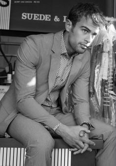 "Theo James (Tobias ""Four"" Eaton in Divergent)"