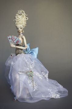 Martina Bychcova, doll artist in porcelain