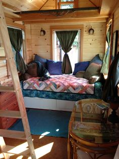 Tiny House Blog Tiny House Blog » Living Simply in Small Spaces