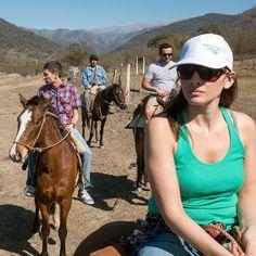 @visitargentina @turismojujuy #INPROTUR - Nossa cavalgada super relax com o Turismo Rural Los Naranjos no interior da município de El Carmen Jujuy Argentina. Esta localidade está rodeada por espelhos de água e natureza envolvente ideal para esportes aquáticos caminhadas entre muitas outras coisas igualmente emocionantes a esta cavalgada. - - - - - - - - - #zamba #elcarmen #CulturaAndina #norte #Argentina #ArgentinaEsTuMundo #argentina #argentina_ig #argentina360 #argentinaig #VisitArgentina…