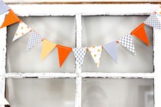The Macs: one year old in a flash {party details} Fall Birthday, First Birthday Parties, First Birthdays, Birthday Ideas, Cute Banners, Paper Banners, Paper Bunting, 1st Birthday Decorations, Paper Decorations