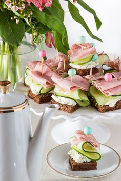 Fast and Fancy Philadelphia Cream Cheese Tea Sandwiches xylitol recipes; Tea Sandwiches, Finger Sandwiches, Christmas Tea Party, White Christmas, Appetizers For Party, High Tea, Finger Foods, Yummy Food, Tea Parties