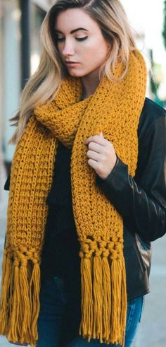 Cowl Scarf, Crochet Scarves, Crochet Crafts, Sweater Fashion, Fall Outfits, Knitting, Womens Fashion, Pattern, Sweaters