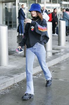 Top 25 Streetstyle Outfits By Bella Hadid Top 25 Street style outfits By Bella Hadid that will give you fashion envy! Top 25 Streetstyle Outfits By Bella Hadid Fashion Killa, Look Fashion, Denim Fashion, Autumn Fashion, Fashion Outfits, Womens Fashion, Fashion Check, Bella Hadid Outfits, Bella Hadid Style