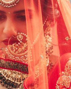 Tips For Planning The Perfect Wedding Day. A wedding should be a joyous occasion for everyone involved. The tips you are about to read are essential for planning and executing a wedding that is both Indian Wedding Photography, Wedding Photography Poses, Photography Ideas, Wedding Bride, Wedding Day, Wedding Veils, Wedding Shoot, Dress Wedding, Gothic Wedding