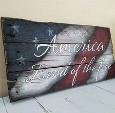 FB post from Re-Scape.com  ~   Patriotic Pallet!!