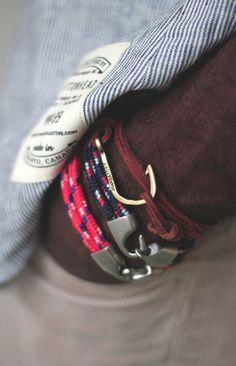 paracord bracelets / mandatory