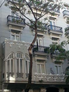 Art Nouveau Building in Valencia, Spain Art Nouveau Architecture, Architecture Details, Palaces, Art Nouveau Illustration, Monuments, Art Deco, Beautiful Places In The World, Villa, New Art