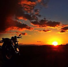sunset, rider, bikes, speed, cafe racers, open road, motorbikes, sportster, cycles, standard, sport, standard naked, hogs, #motorcycles