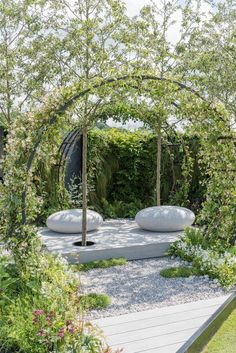 garten sitzplatz Our Moon Gate Arch makes a stunning appearance in the Gold Medal winning The Space Within garden at creating a place to meditate amp; escape the hectic outside world. Yoga Garden, Meditation Garden, Meditation Space, Meditation Quotes, Yoga Meditation, Zen Garden Design, Landscape Design, Landscape Photos, Unique Garden