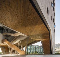 Galeria - Faculdade de Economia e Negócios da Universidade Diego Portales / Rafael Hevia + Rodrigo Duque Motta + Gabriela Manzi - 2