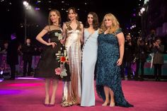 FEBRUARY Leslie Mann, Dakota Johnson, Alison Brie and Rebel Wilson at the How to Be Single London premiere. Leslie Mann, Alison Brie, Bridesmaid Dresses, Prom Dresses, Formal Dresses, Wedding Dresses, Dakota Johnson, How To Be Single, Rebel Wilson