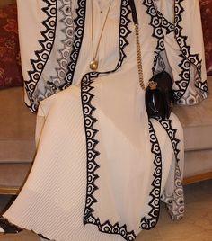 IG: Dar_Sama    Modern Abaya Fashion    IG: Beautiifulinblack