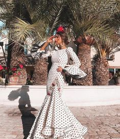 spanish style homes for sale in texas Mexican Traditional Clothing, Traditional Outfits, Costume Ethnique, Spanish Style Decor, Mexican Costume, Spanish Dress, Eid Dresses, Flamenco Dresses, Flamenco Costume