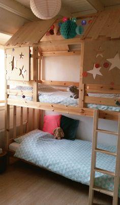 Some gorgeous Ikea hacks using Ikea Kura bed and Ikea Mydal bunkbed Kura Bed, Mydal Ikea, Girl Room, Girls Bedroom, Bedrooms, Bunk Bed With Desk, Kids Bunk Beds, Shared Rooms, Comfy Bed