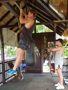 Pull ups facilities Badminton, Muay Thai, Gym Workouts, Ballet Skirt, Yoga, Activities, Fitness, Fashion, Moda
