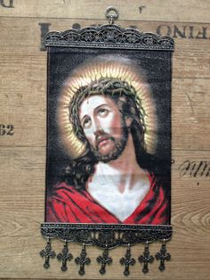 Big Wall Hanging 20cm 32cm Jesus And The Crown Of Thorns With Crosses Crucifix