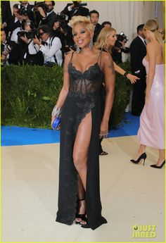 Mary J. Blige Hits Up Met Gala Following 'Strength of a Woman' Album Release