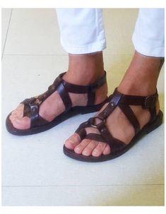 Gladiator Sandals For Men, Leather Sandals, Men Sandals, Sandals 2014, Fashion Boots, Sneakers Fashion, Sandals Men Fashion, Emo Fashion, Dress Fashion