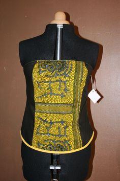 ce que www.cewax.fr préfère chez Beau-et-mien -Bustier Noir et wax jauneTaille 44 Collection Printemps/été 2014 Beau & Mien : T-Shirt, debardeurs par beau-et-mien