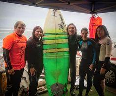 La de hoy en Instagram: Terminando el día con el último turno de hoy. El clima no nos interesa aquí lo importante son las olas. #nadiearruga #surfsinlimites #madrugadores #surf #Lima #Peru #learntosurf #surfinglessons #EndlessSummer #Miraflores #Makaha #beachlife #surfisfun #earlymorning #surfergirls - http://ift.tt/1K8gmug