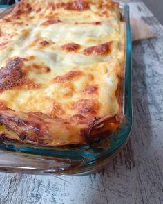 L a s a g n a    Homemade Lasagna  La peor traición que te puedes hacer a ti mismo es no hacer aquello por lo que te brillan los ojos  Buenas tardes!