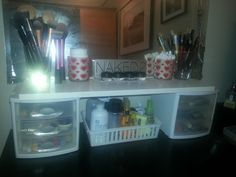 Make-Up Storage and Organization! Ooooo didn't think about doing this!