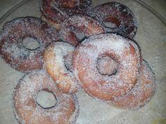 http://marioysucocina.blogspot.mx/2015/09/receta-donas.html