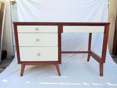 Nifty desk :) Designer Mid Century Modern 4 Drawer Desk by Hooker Walnut with Cream Drawers (Los Angeles)