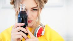 Domácí prostředky naúklid ačištění bývají levné aefektivní. Mezi osvědčené tipy patří icola. Covšechno zmůžou vdomácnostihnědé nápoje tradiční chuti? Coca Cola, Beauty, Ideas, Coke, Beauty Illustration, Thoughts, Cola