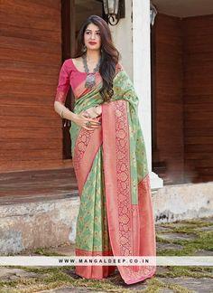 Latest Saree Trends, Latest Sarees Online, Indian Designer Sarees, Designer Sarees Online, Fancy Sarees, Party Wear Sarees, Green Saree, Art Silk Sarees, Pink Art