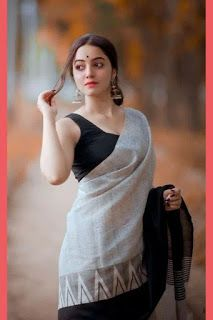Where to shop sarees that can make you look super stylish! Beautiful Girl Indian, Beautiful Saree, Beautiful Indian Actress, Beautiful Children, Beautiful Women, Indian Photoshoot, Saree Photoshoot, Beauty Full Girl, Beauty Women