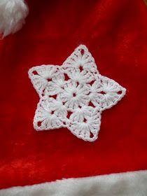 crochet snowflakes czyli włóczkowe śnieżynki i gwiazdki :) Crochet Keychain Pattern, Crochet Snowflake Pattern, Crochet Earrings Pattern, Crochet Garland, Crochet Stars, Christmas Crochet Patterns, Crochet Snowflakes, Crochet Flower Patterns, Christmas Knitting