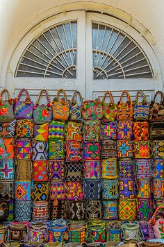 Cartagena by Andres Rodriguez on Tapestry Crochet, Crochet Motif, Summer Beach Looks, Colombian Culture, Japanese Knot Bag, Festivals Around The World, Coffee Shop Design, Boho Life, Wristlets