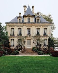 Best Ideas For French House Exterior English Manor Architecture Classique, French Architecture, Architecture Design, French Cottage, French Country House, Beautiful Buildings, Beautiful Homes, Chateau Latour, Victorian Homes