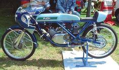 Watercooled version of the Puch Cobra engine from Alan Carruthers Racing Motorcycles, Vintage Moped, The Good Son, Motorcycle Racers, Super Sport, Road Racing, Sport Bikes, Courses, Ideas
