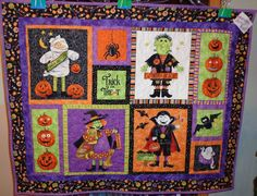 Another fun halloween wall hanging.