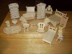 Mobilier de maison de poupée en bois par Jackgar sur Etsy                                                                                                                                                                                 Plus