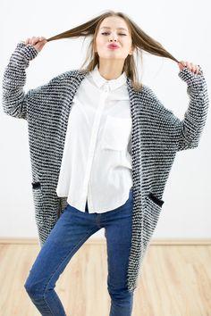 Strickjacke Tasha's in weiß-schwarz von SHOKO® Shop auf DaWanda.com