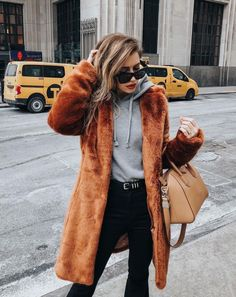 a5dcf9960bccf0 Shop Your Screenshots™ with LIKEtoKNOW.it, a shopping discovery app that  allows you to instantly shop your favorite influencer pics across social  media and ...