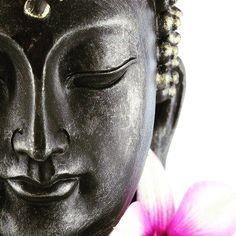 Cuando somos grandes en humildad, estamos más cerca de lo grande - Rabindranath Tagore #indramantras #everythingislove #imagine #popularizemantras #popularizemantras #yoga #4todiscoindramantras @ignacioescribano